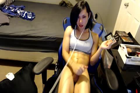 Sporty Gamer beauty oriental Dildos